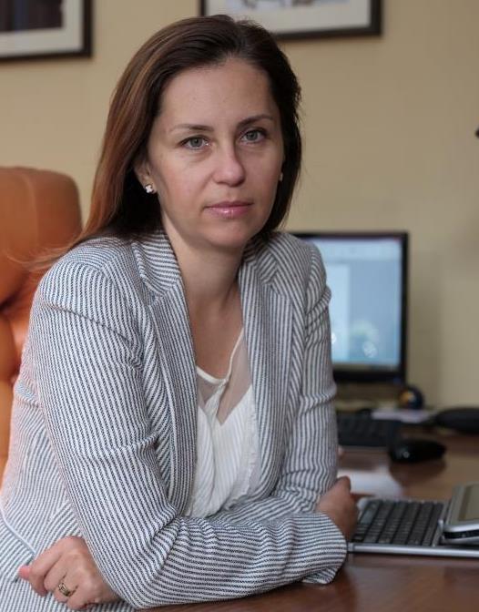 Raluca Yvonne Ionas, partner George Butunoiu